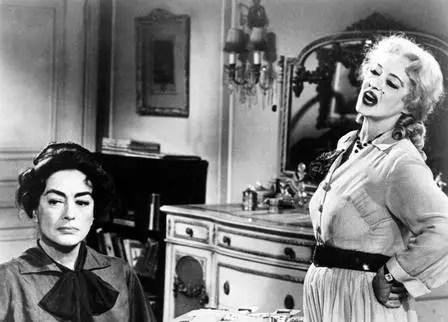 Bette  Davis e Joan Crowford no filme O que será que aconteceu com Baby Jane?, de 1961