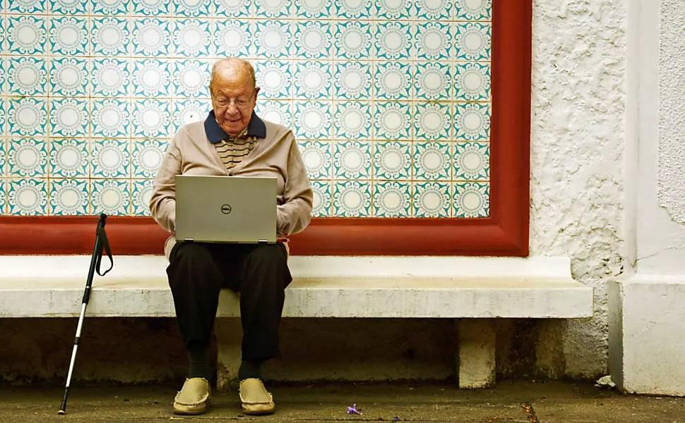 Fernando Cardoso, fundador  da Manah, fábrica de adubos, é apaixonado pela internet