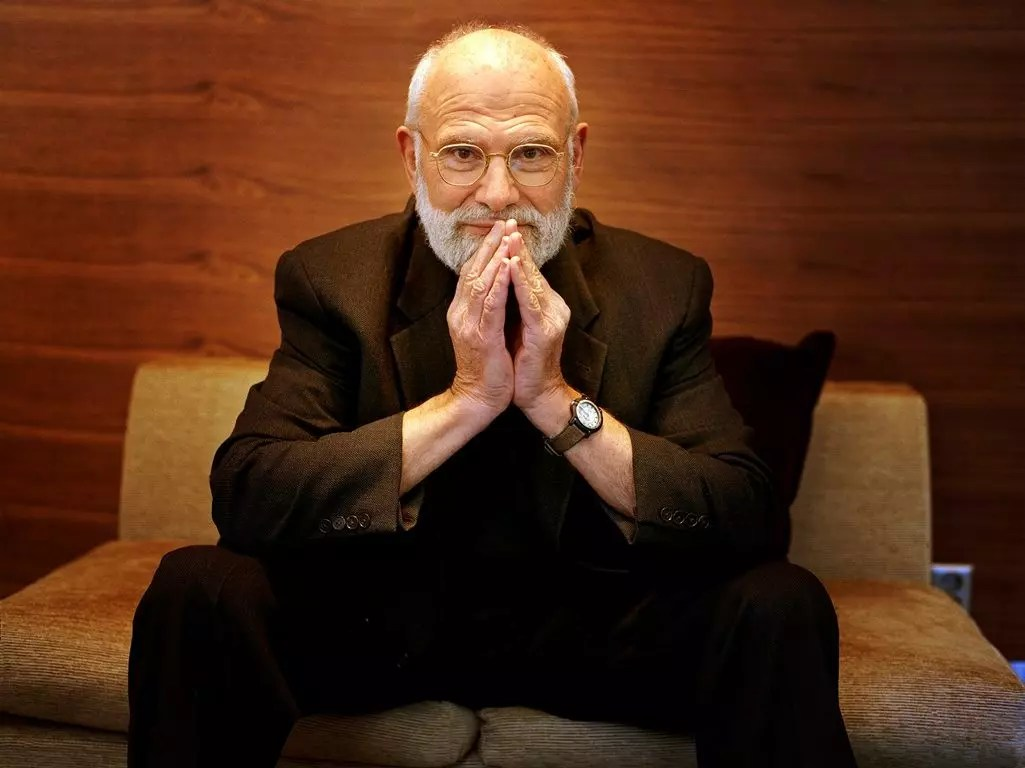 """O neurologista britânico Oliver Sacks era chamado    de  """"Poeta da Medicina"""""""
