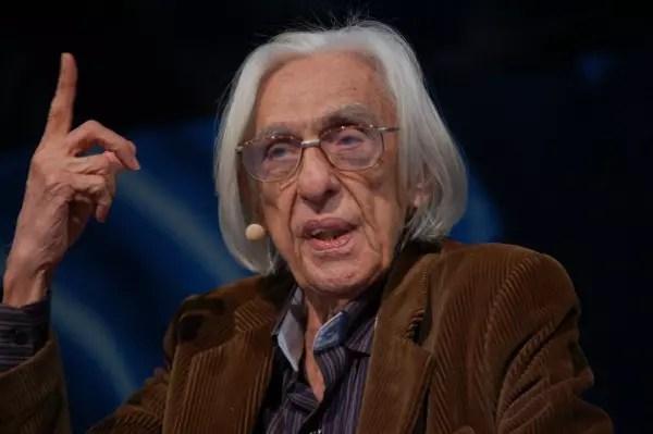 O grande poeta maranhense morreu neste domingo, 4 de dezembro, de complicações pulmonares