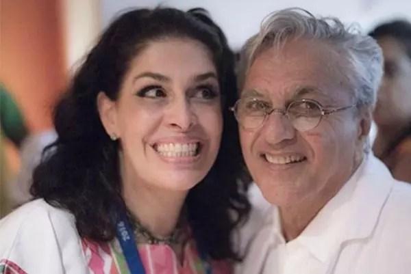 Caetano Veloso, 74, e Paula Lavigne: ele tem 26 anos a mais do que ela