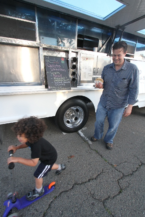 berkeley off the grid with a child