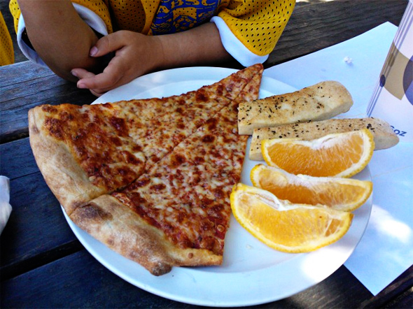 Lanesplitter Pizza kids meal and 99 other kid-approved East Bay restaurants