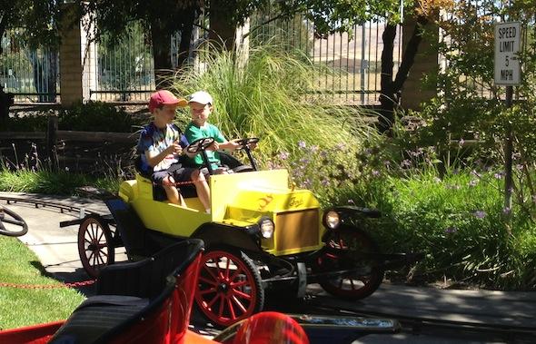 Pixieland cars ride