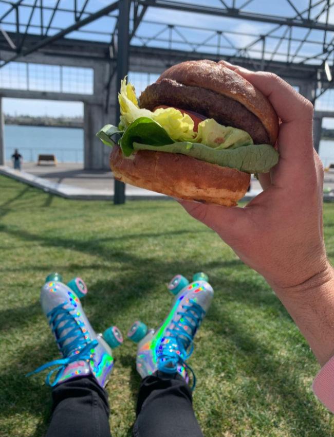 roller skate burger oakland