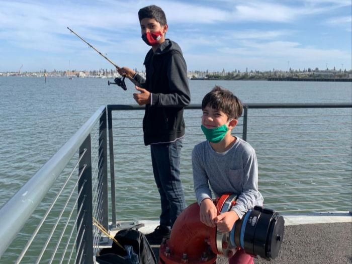 kids fishing in oakland