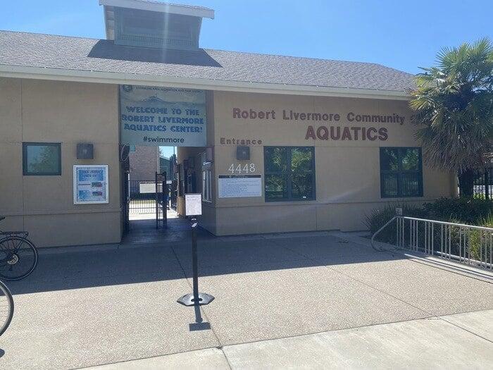 entrance of livermore aquatic center