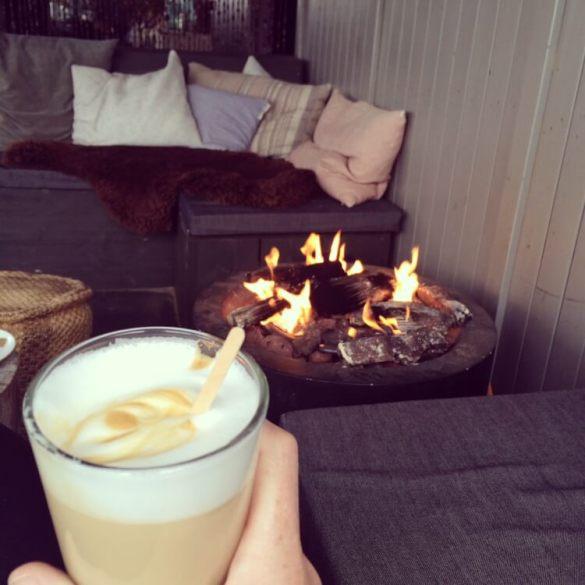 Minderen Met Koffie