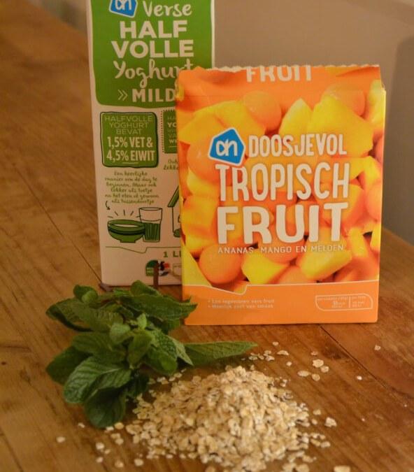 Eitwitrijke Smoothie Met Tropisch Fruit & Munt
