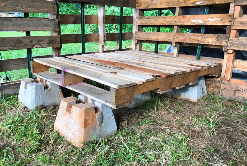 concrete piers and pallet top 5DogFarm