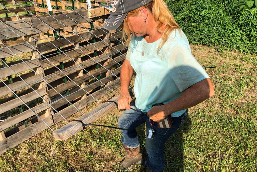 zip tie 2x4 to cattle panel