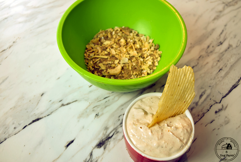Onion Dip Mix in bowl