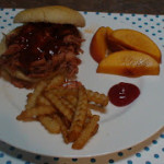 Pulled Pork Sandwiches | 5DollarDinners.com