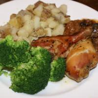 Lime Chicken, Potatoes, Broccoli and Pear Sauce | 5DollarDinners.com