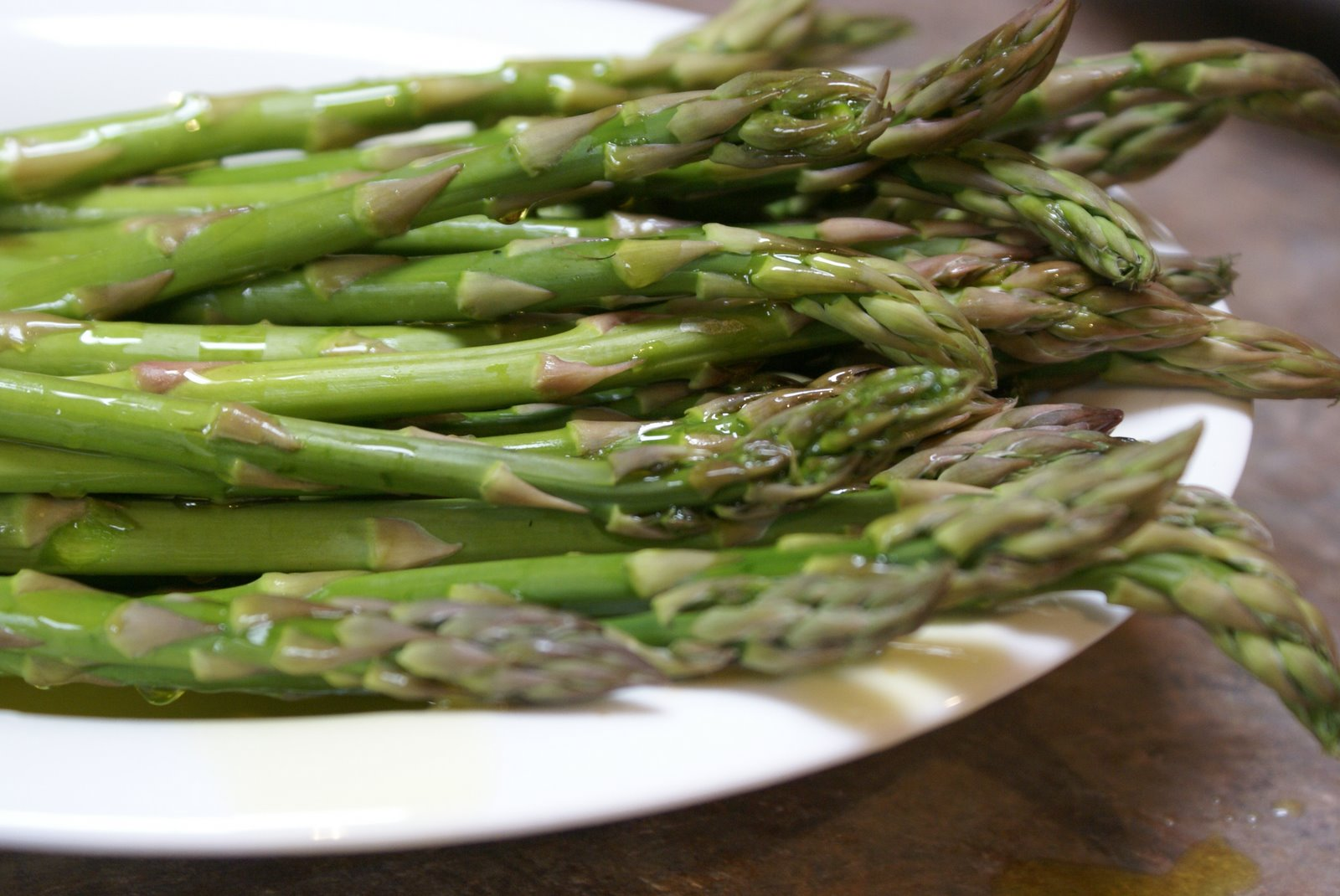 How to Saute (and Roast) Asparagus | 5DollarDinners.com