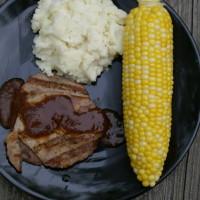 Round Steak and Mashed Potatoes