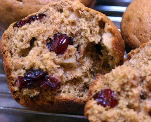 cranberry-apple-muffin