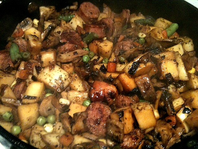 Sausage Potato Hash | 5DollarDinners.com