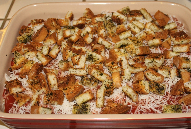 Use croutons in Baked Zucchini Parmesan (640x434)