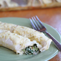 Creamy Chicken & Spinach Enchiladas | 5DollarDinners.com