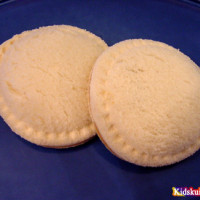 uncrustable sandwiches