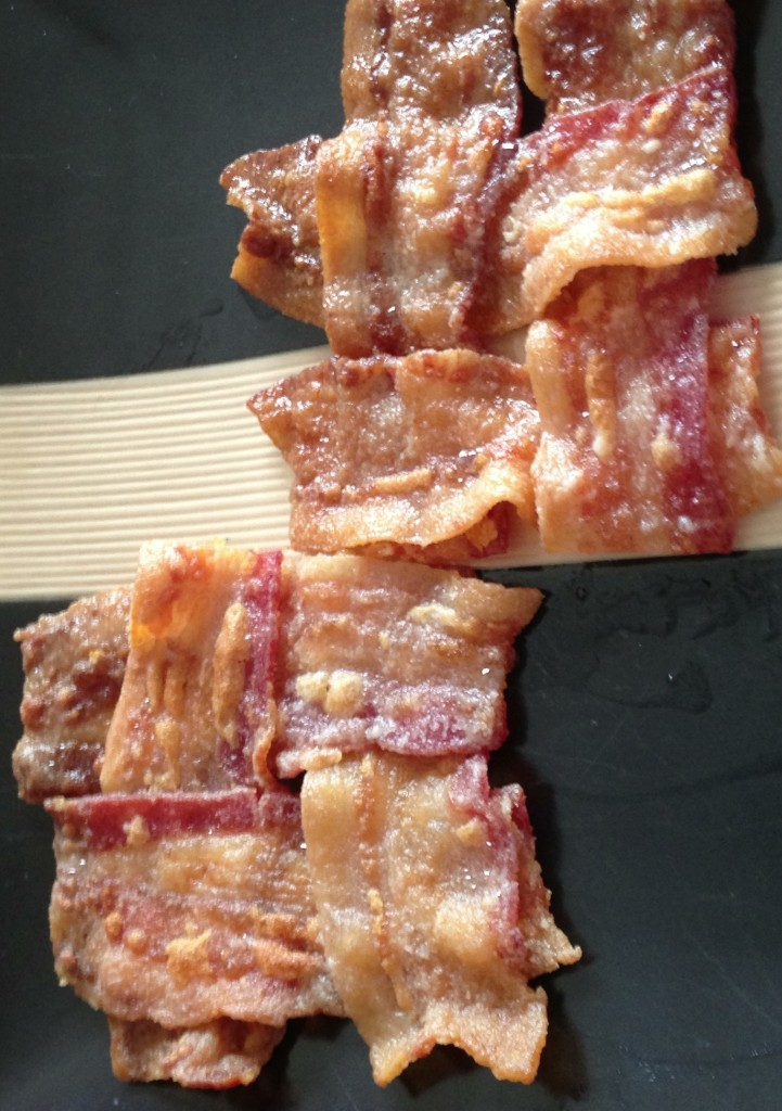 mess free blt sandwiches with weaved bacon
