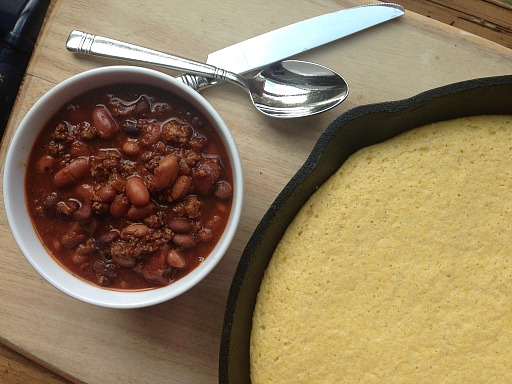 slow cooker chili skillet cornbread