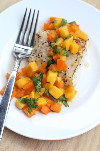 Cod with Mango-Pepper Salsa