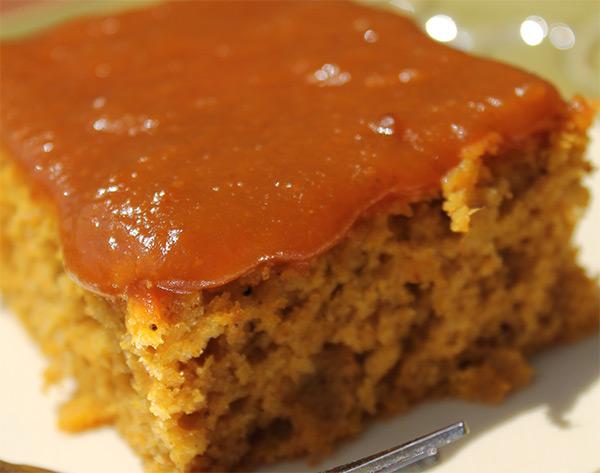 Baked Pumpkin Pancakes with Homemade Pumpkin Syrup   5DollarDinners.com