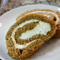 Homemade Pumpkin Roll | 5DollarDinners.com