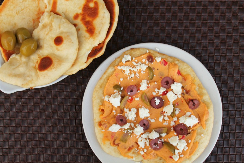 Naan Pizza with Olives & Feta | 5DollarDinners.com