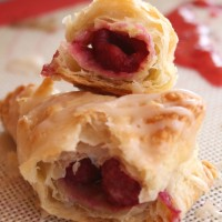 Easy Raspberry Turnovers | 5DollarDinners.com