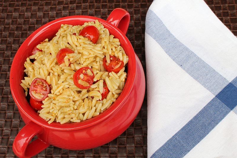 Pesto Orzo with Tomatoes | 5DollarDinners.com