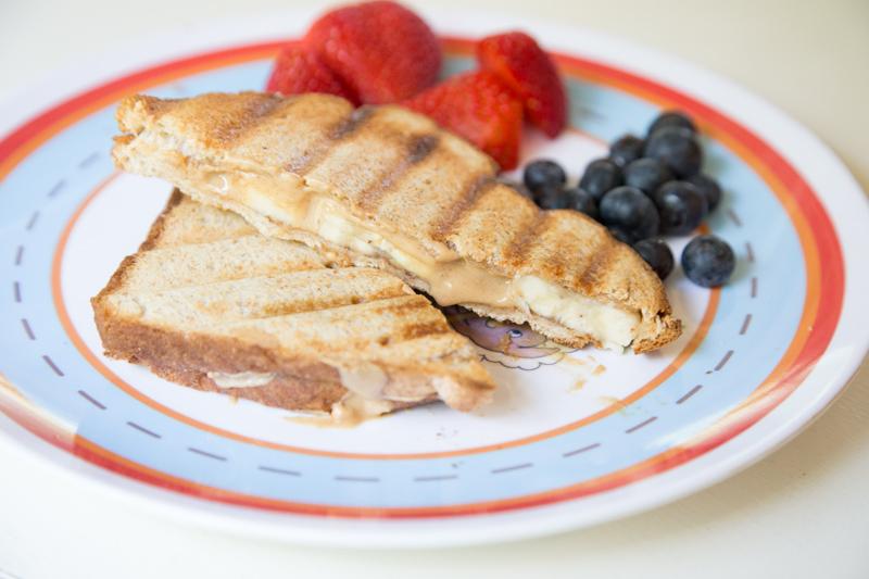 Grilled Peanut Butter-Banana Sandwich