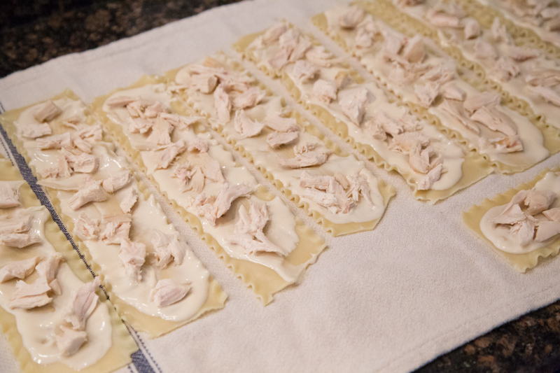 Chicken Alfredo Lasagna Rollups-4