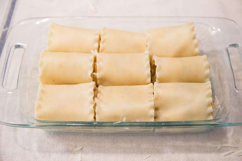 Chicken Alfredo Lasagna Rollups-7