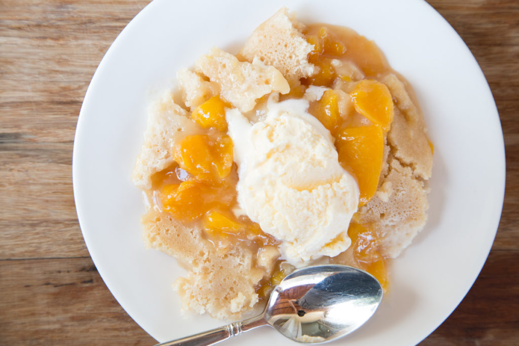 Slow Cooker Peach Cobbler-2