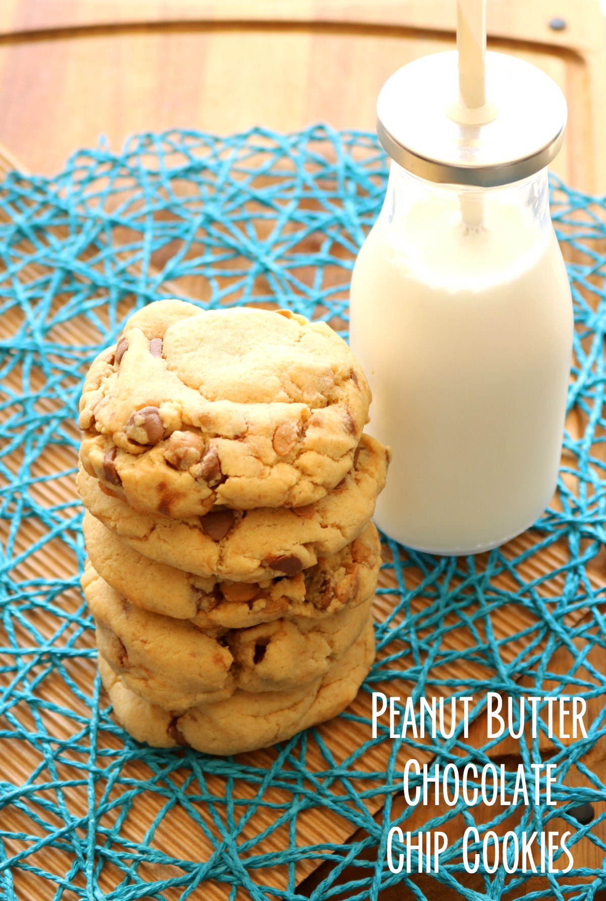 peanut-butter-chocolate-chip-cookies-on-5dollardinners-com