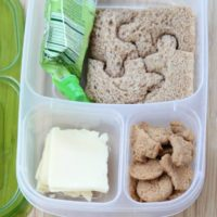 Simple Lunch Ideas for Homeschooling Families from 5DollarDinners.com
