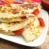 Pizzadillas, an easy one dish dinner from 5DollarDinners.com