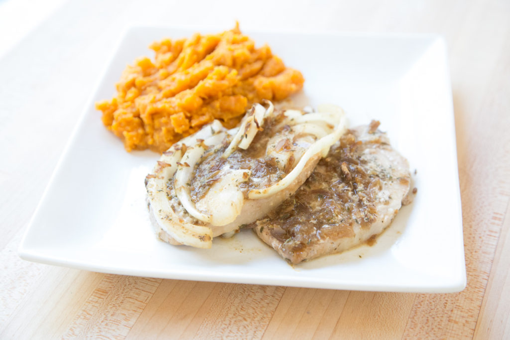 Quick and easy recipe for French Onion Pork Chops