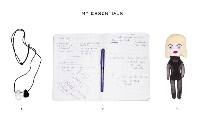 Essentials Emika 5elect5