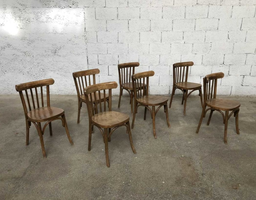 ensemble 25 chaises bistrot anciennes dans le style baumann brasserie