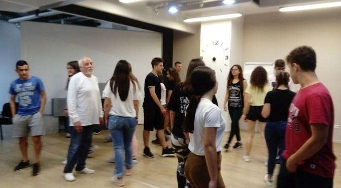 Επίσκεψη μαθητών του Β2,  στο  χώρο της Δραματικής σχολής ΝΟΤΟΣ