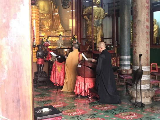 Monks Kek Lok Si