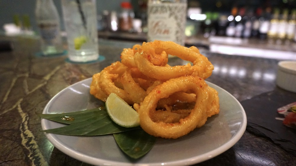 food-shot-spicy-calamari