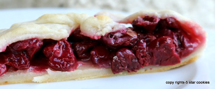5 star cookies cherry strudel piece 1