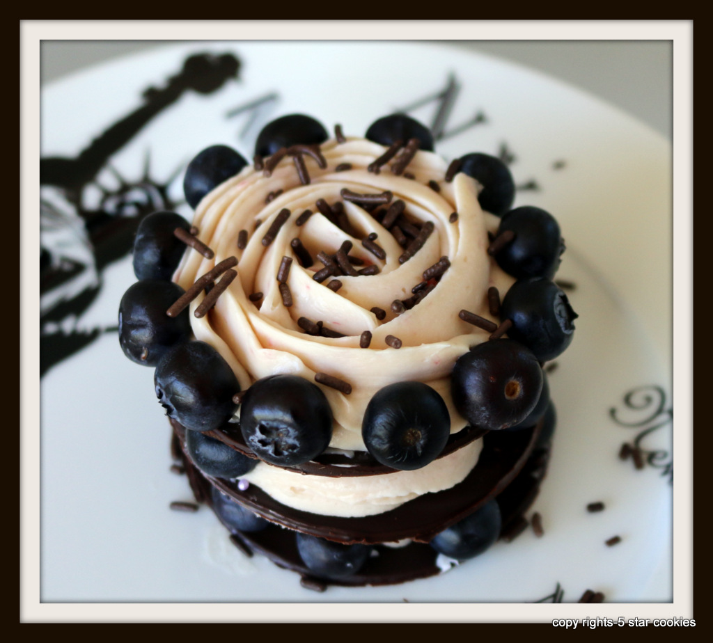 Chocolate Mousse Towers from the best food blog 5starcookies-Blueberry
