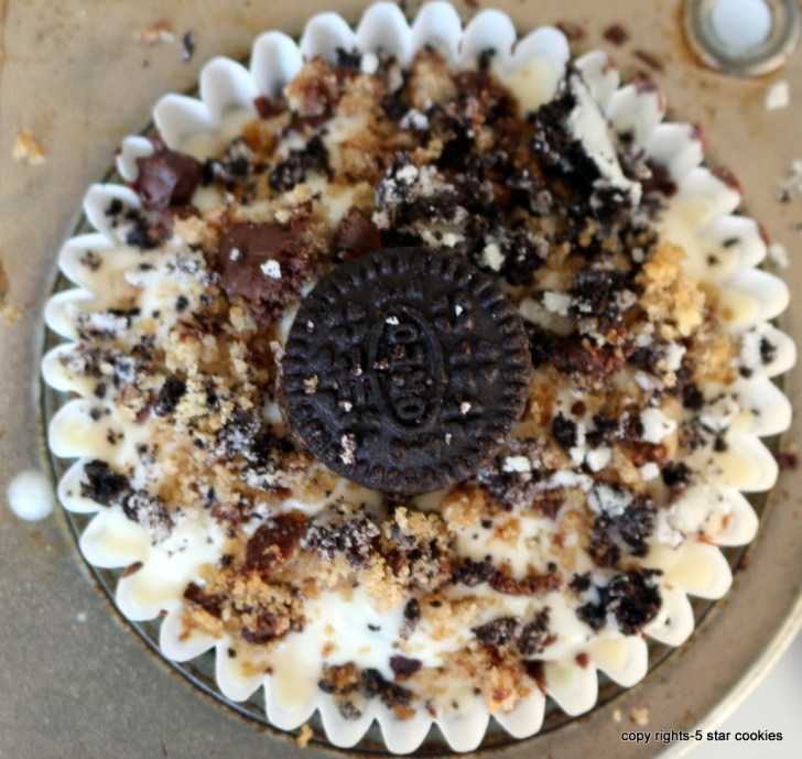 Homemade Crunch Cups from the best food blog 5starcookies is ready for you-Decorate and Enjoy