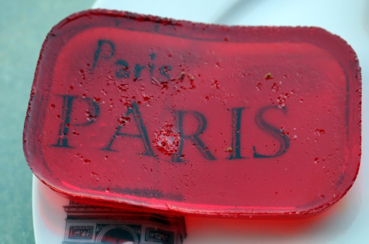 Raspberry lean chocolate candy from the best food blog 5starcookies-Paris my dream city